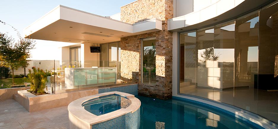 stonybrook bella vista pool
